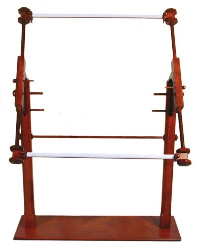 Vermont Needlepoint Rotating Adjustable Scroll Stand